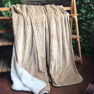 Manta Cobertor Casal Flannel/sherpa Le Dupla Face Bege