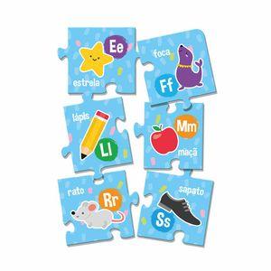 Quebra-Cabeça Toyster Montando o Alfabeto com 26 Peças