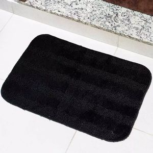 Tapete Para Banheiro Tapetes Junior Esmeralda em Polipropileno 40x60cm Preto Antiderrapante
