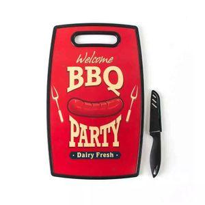 Tábua de Corte Le Bbq em Plástico Vermelha com Faca 37x23cm